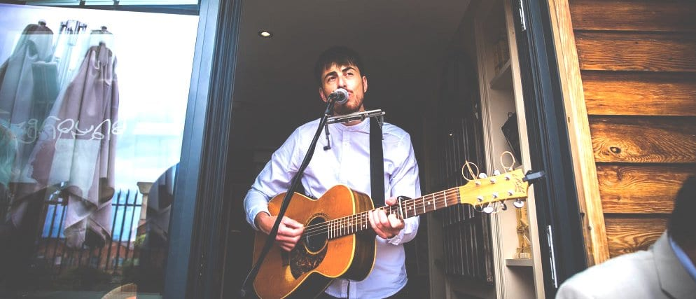 manchester wedding singer and guitarist michael mulholland
